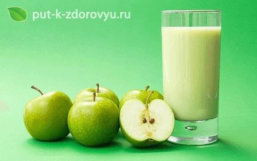 Смузи с зелёными яблоками и семенами льна