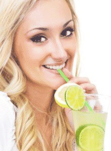 Лимонная детокс-вода