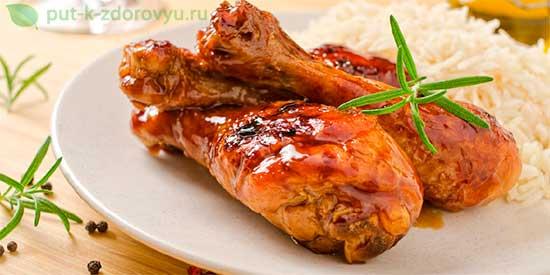 Горячее блюдо из курицы.Курица в микроволновке с виноградом.