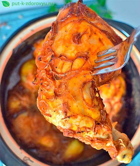Горячее блюдо из курицыи картошки.
