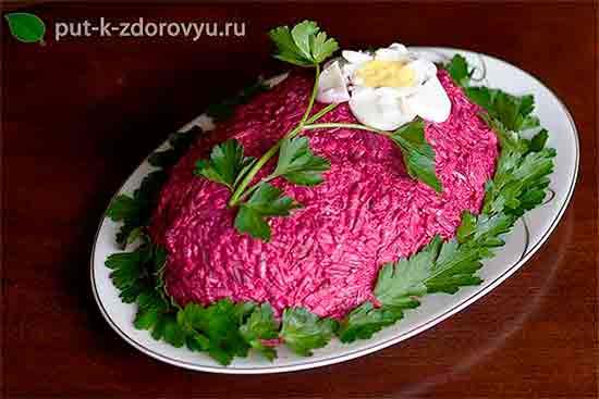 Kak_ukrasit_salat_Seld_pod_shuboy